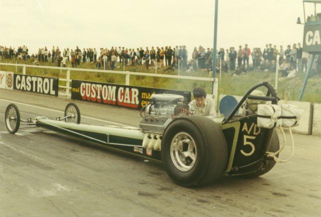 Corgi Dragster - 1/43 scale - Drag Racing Quarte11