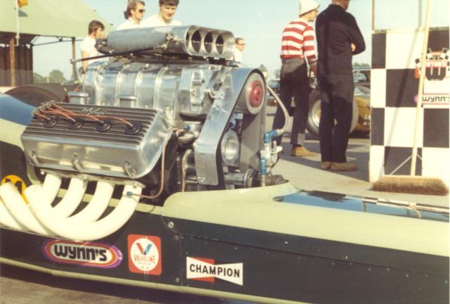 Corgi Dragster - 1/43 scale - Drag Racing Quarte12