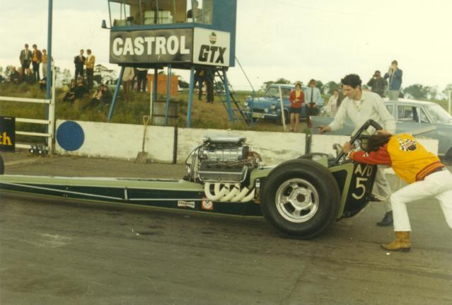 Corgi Dragster - 1/43 scale - Drag Racing Quarte14