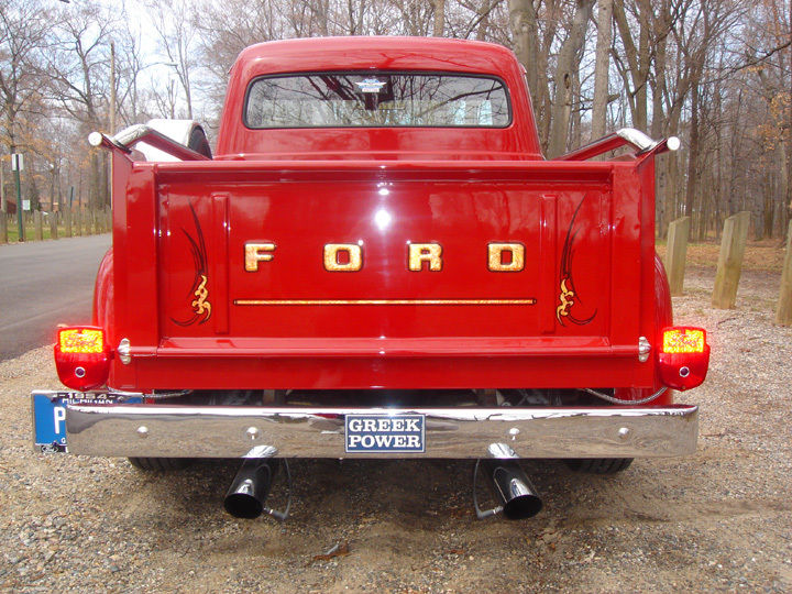 Ford Pick Up 1953 - 1956 custom & mild custom - Page 2 Rere10