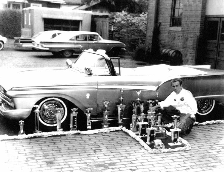 Ford 1957 & 1958 custom & mild custom  - Page 3 Ron-vo11