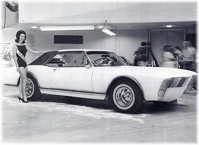 1963 Buick Riviera - Villa Riviera - George Barris St9dac10