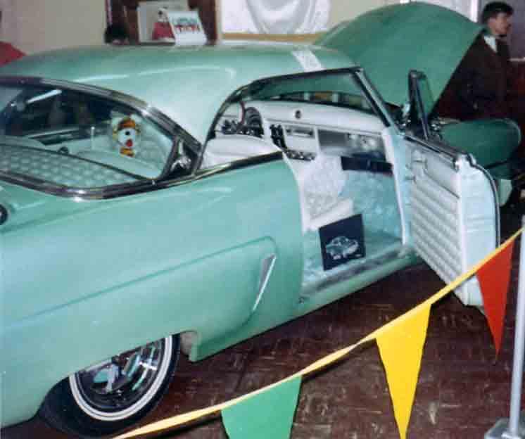 Ford 1952 - 1954 custom & mild custom - Page 3 Star0711