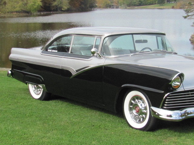 Ford 1955 - 1956 custom & mild custom - Page 2 T2ec1245
