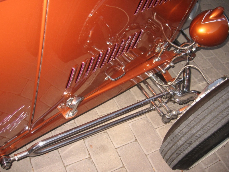 1932 Ford hot rod - Page 7 Vdvdfd10