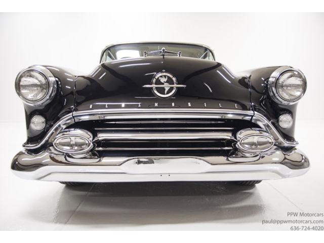 Oldsmobile classic cars Vv10