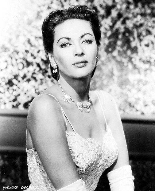 Yvonne De Carlo - actrice Yvonne11