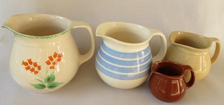 Crown Lynn 'toby' jugs in four sizes Cl_tob13
