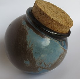 Clay Craft or Kiln Craft Spherical Corked Canisters X_bisc10