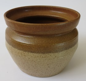 More unknown brown stuff - this is Parker Pottery X_brow13