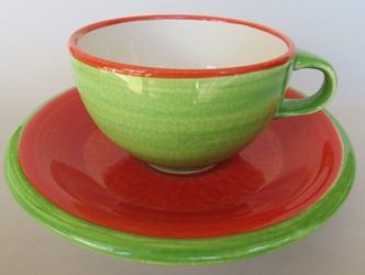 Lovely colourful Temuka cups and saucers  X_temu18