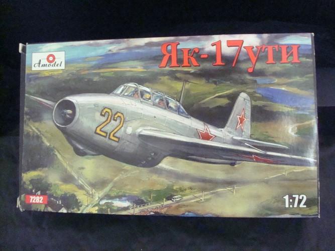 Yakovlev Yak 17 UTI ( Amodel 1/72°) Dsc09246
