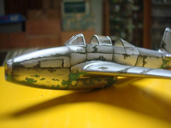 Yakovlev Yak 17 UTI ( Amodel 1/72°) Dsc09419