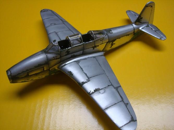 Yakovlev Yak 17 UTI ( Amodel 1/72°) Dsc09420