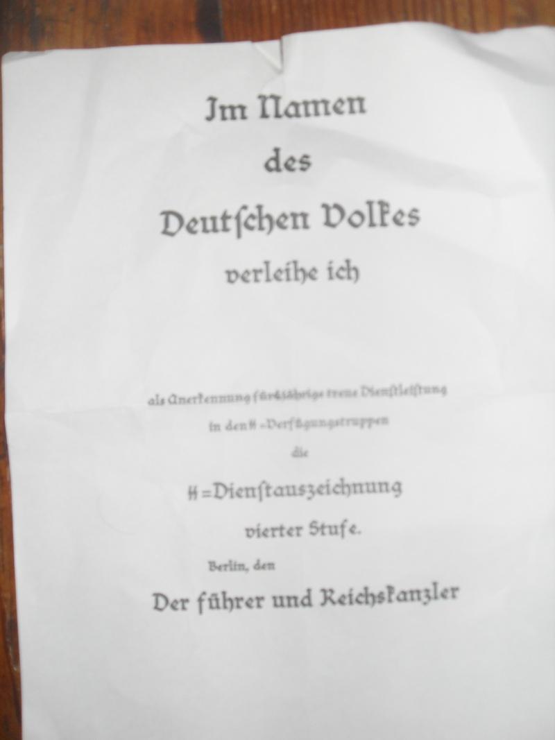 Vitrine Allemande : Diplome Spange EK1 NSDAP 18/05 - Page 2 Sdc12417