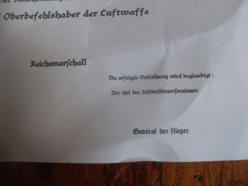 Vitrine Allemande : Diplome Spange EK1 NSDAP 18/05 - Page 2 Sdc12419