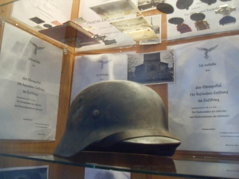 Vitrine Allemande : Diplome Spange EK1 NSDAP 18/05 - Page 2 Sdc12426