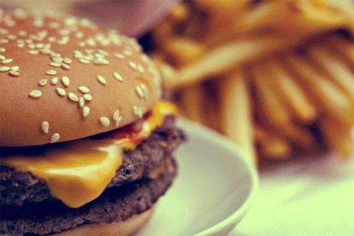 Rencontre lors d'une pause sandwich au mcdo [Avec Bella Sanchez] Tumblr10