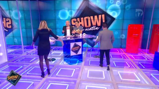 """[10.10.2013] Photos de Chris Marques dans """"Show! Le Matin"""" en live sur D17  Vlcsn188"""