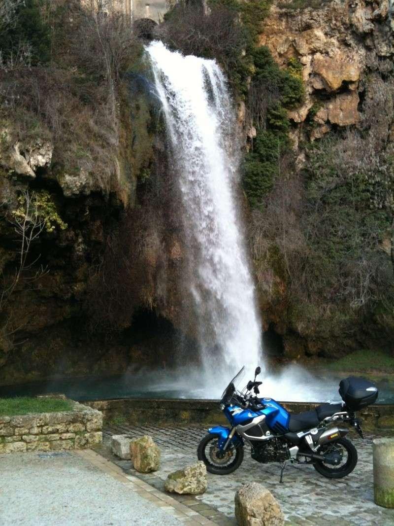 Vos plus belles photos de moto - Page 37 Slc110