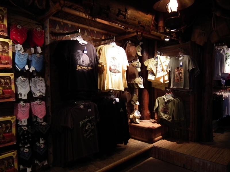 Descriptif des boutiques du Parc Disneyland (en construction) 2012-012