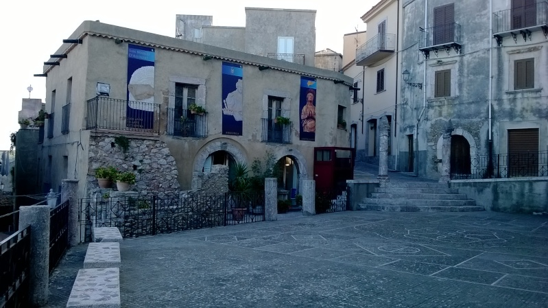 qualche foto in giro per la sicilia - Pagina 3 Wp_20123