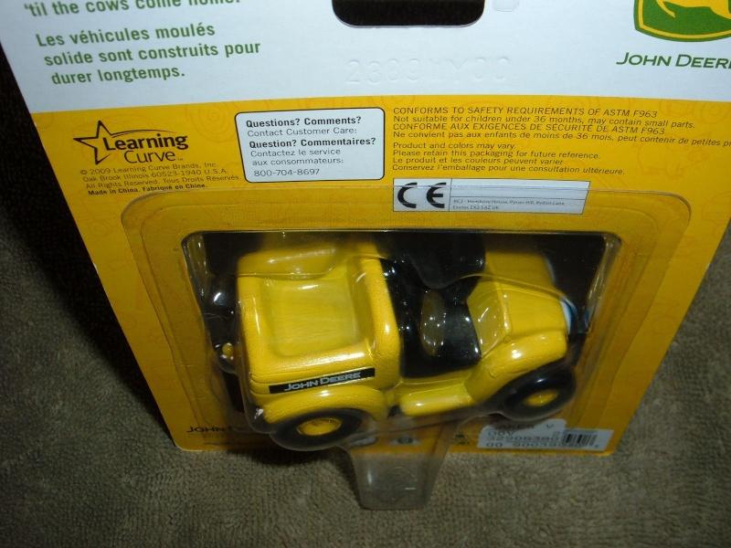 "GATOR 4x2 jaune postal/TP (ERTL ""My First Collectible"") Ertl_m13"