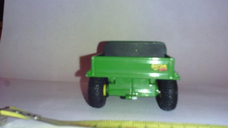 ERTL GATOR  6x4 1/32ème (Ref 5748) Img_2012