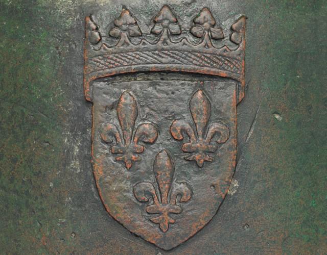 Canon en Bronze fabriqué à CHARTRES en 1478 Canonc11