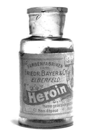 Médicaments anciens ... Un charme désuet  !!!! Heroin10