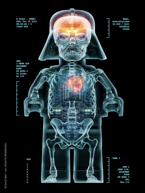 Star Wars - The Cool Weird Freaky Creepy Side of The Force - Page 22 2fb3e910