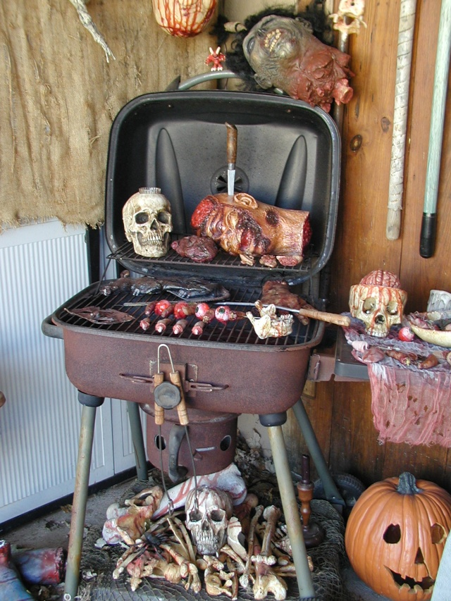 HALLOWEEN - The Chickenshack House of Horror - Page 2 Grill_11