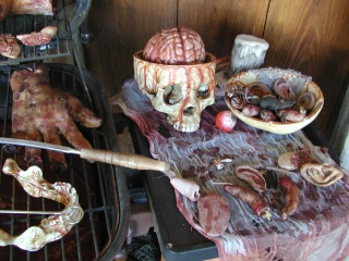 HALLOWEEN - The Chickenshack House of Horror - Page 2 Grill_13