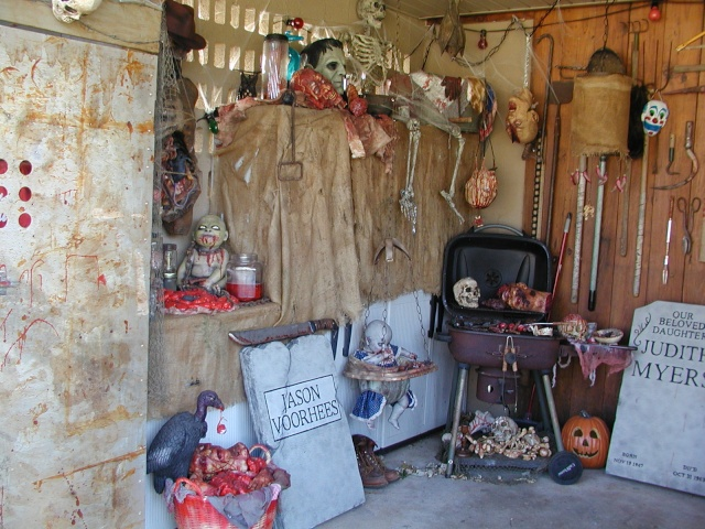 HALLOWEEN - The Chickenshack House of Horror Hallow14