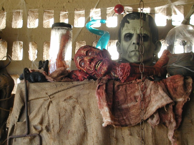 HALLOWEEN - The Chickenshack House of Horror Hallow25