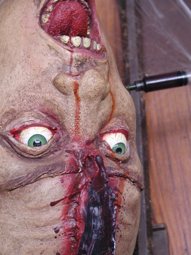 HALLOWEEN - The Chickenshack House of Horror - Page 2 Head_n12