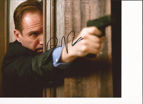 M Mallory (Ralph Fiennes) dand Skyfall Kgrhqv10