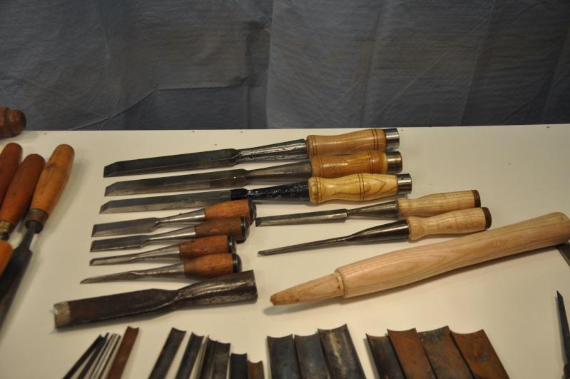 Tournage d'un manche de ciseau à bois munie d'une soie  ( turning a handle for a tang type chisel) 00710