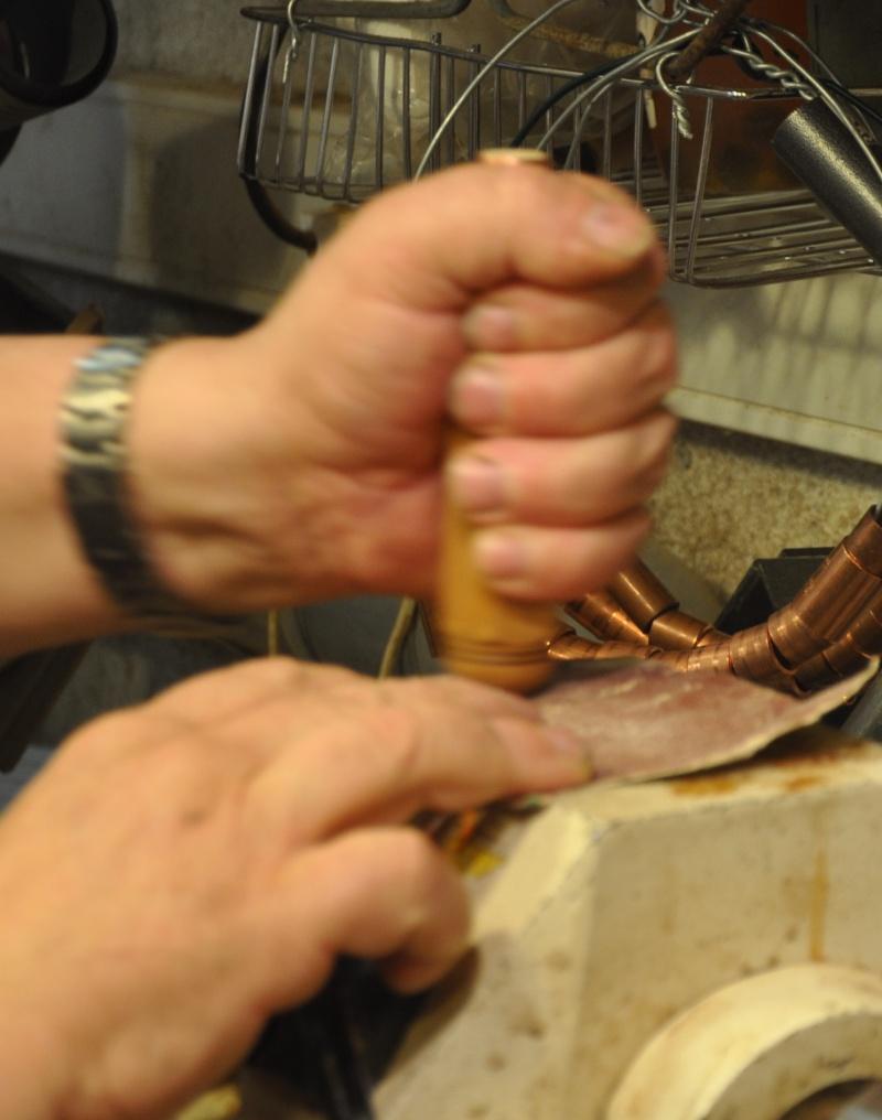 Tournage d'un manche modele londonien en buis. Making  a London pattern boxwood  chisel handle. 00810