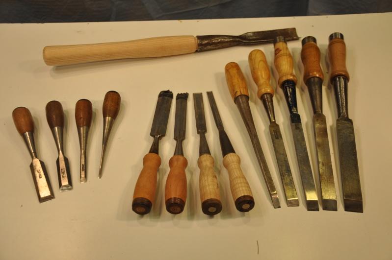 Tournage d'un manche de ciseau à bois munie d'une soie  ( turning a handle for a tang type chisel) 01310