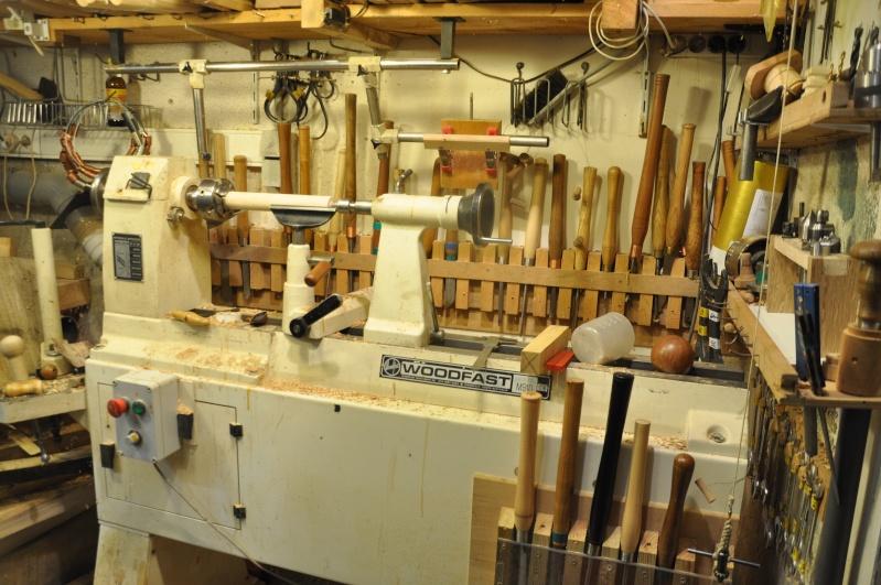 Tournage d'un manche de ciseau à bois munie d'une soie  ( turning a handle for a tang type chisel) 05010