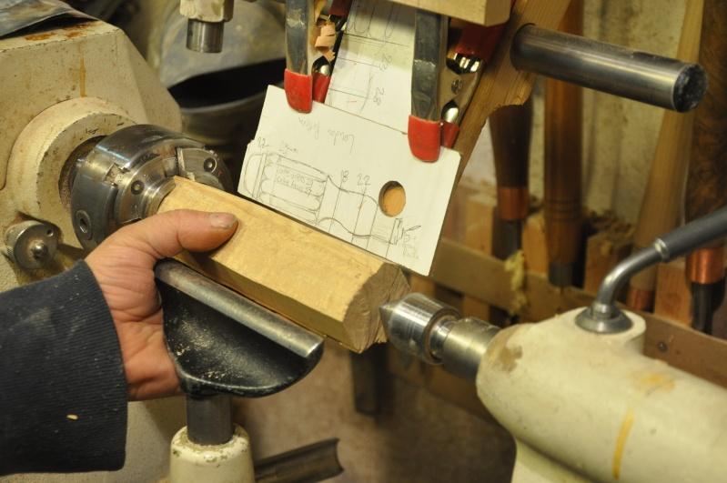 Tournage d'un manche modele londonien en buis. Making  a London pattern boxwood  chisel handle. London12