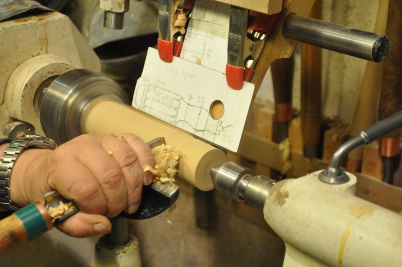 Tournage d'un manche modele londonien en buis. Making  a London pattern boxwood  chisel handle. London13