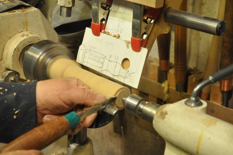 Tournage d'un manche modele londonien en buis. Making  a London pattern boxwood  chisel handle. London14