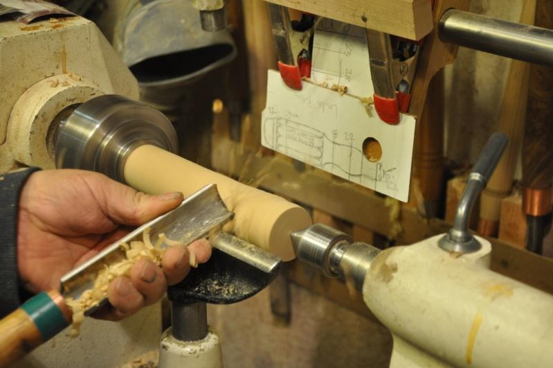 Tournage d'un manche modele londonien en buis. Making  a London pattern boxwood  chisel handle. London17