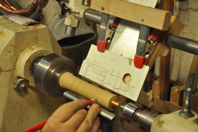 Tournage d'un manche modele londonien en buis. Making  a London pattern boxwood  chisel handle. London32