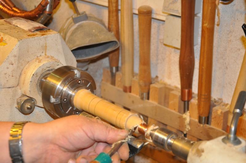 Tournage d'un manche modele londonien en buis. Making  a London pattern boxwood  chisel handle. London39