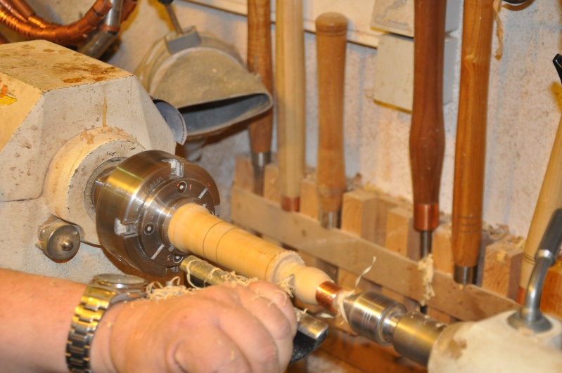 Tournage d'un manche modele londonien en buis. Making  a London pattern boxwood  chisel handle. London40