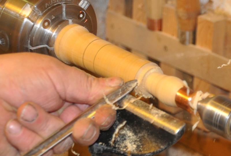 Tournage d'un manche modele londonien en buis. Making  a London pattern boxwood  chisel handle. London41