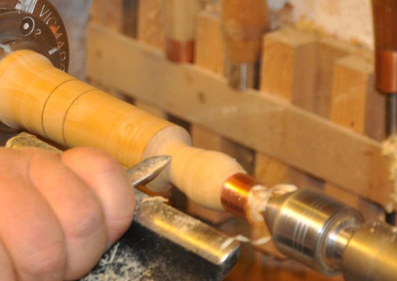 Tournage d'un manche modele londonien en buis. Making  a London pattern boxwood  chisel handle. London42